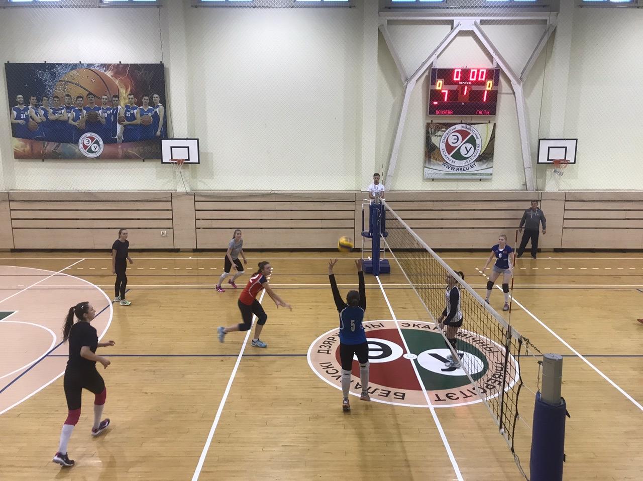 2-ое место ФМк по женскому волейболу